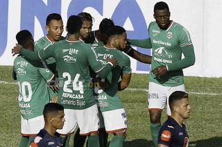 Marathón se despega en el liderato y desploma al Motagua en el Yankel