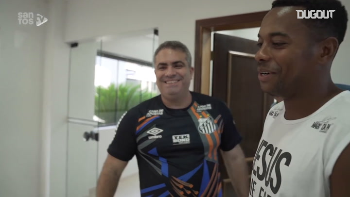Robinho's first day at Santos in 2020