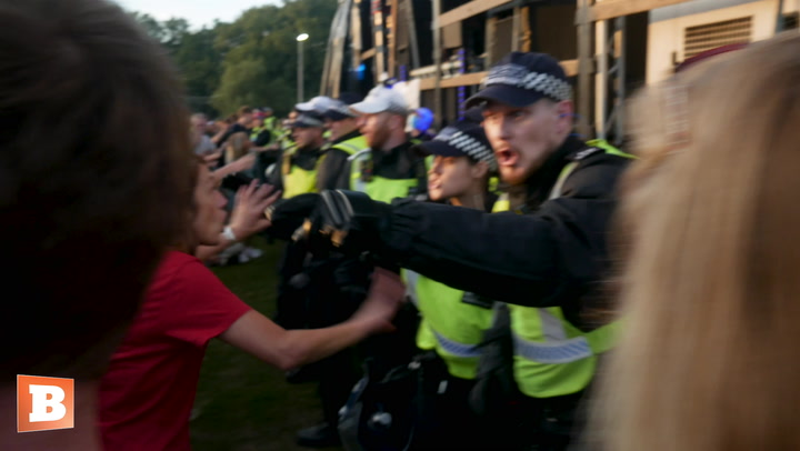 Police Shut Down Protest Against Vaccine Passports in London