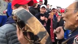 Enfrentamiento entre un nativo americano y estudiantes pro Trump divide a EE.UU.
