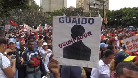 Cientos de manifestantes defienden a Maduro en las calles