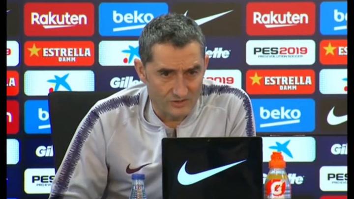 Ernesto Valverde explica la decisión de colocar a Dembelé ante el Olympique