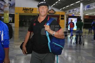Pedro Troglio tras peleas entre hinchas: