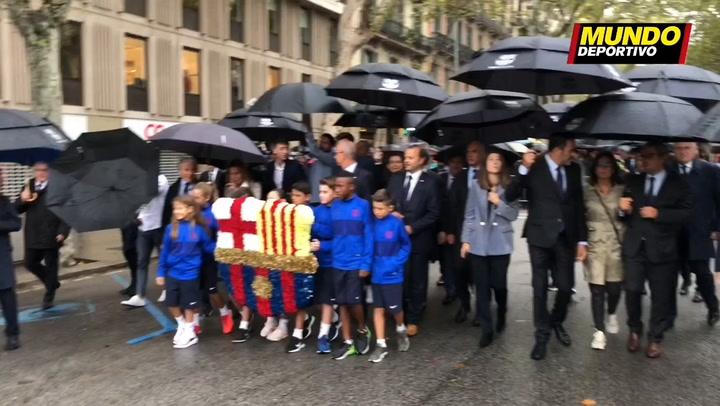 La ofrenda floral del Barça por la Diada
