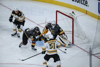 Golden Edge: Knights defeat the Bruins