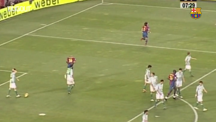 Free-Kicks: Ronaldinho Vs Real Betis