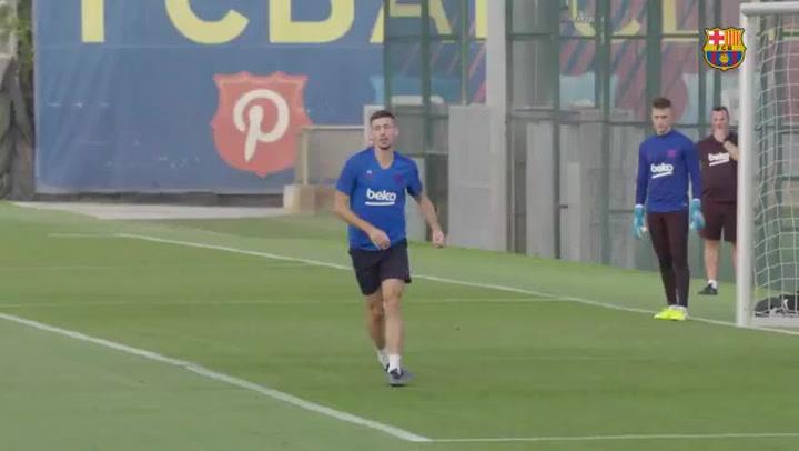 Último entrenamiento del Barça previo al partido contra el Granada