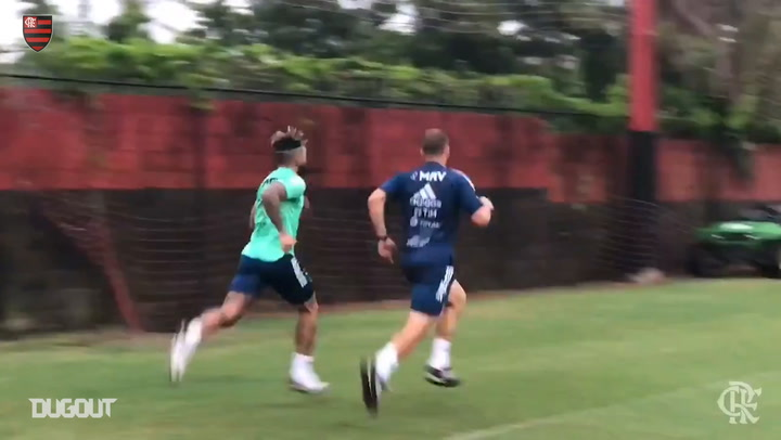 Gabigol trains hard to return to the field at Flamengo
