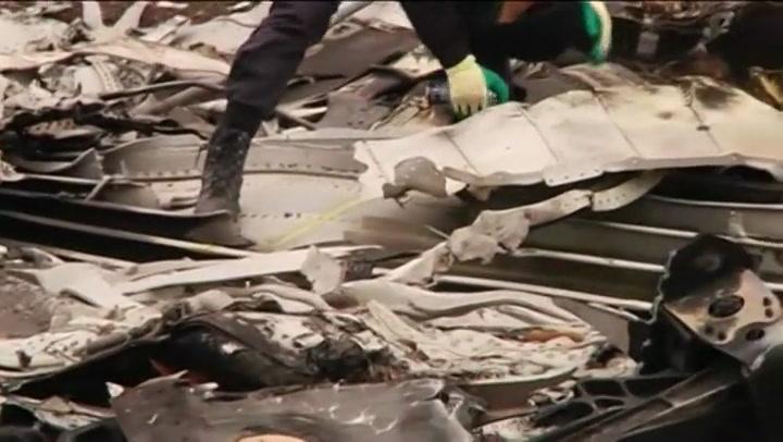 Video: Berging op rampplek MH17 begonnen