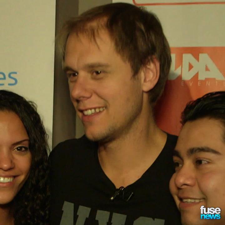 Armin van Buuren Meets Freezing Fans in NYC