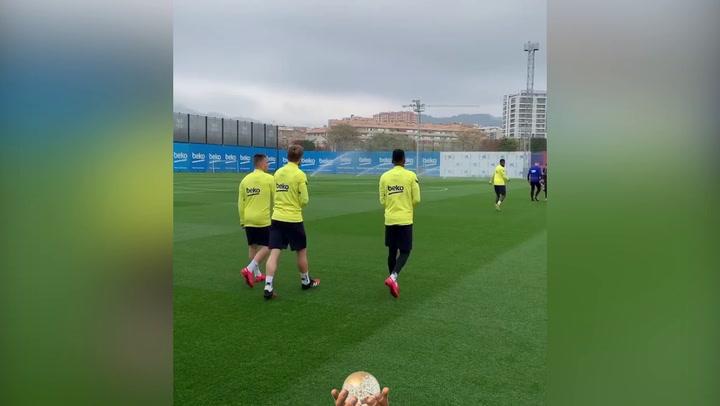 Último entrenamiento del Barça antes del partido contra el Getafe