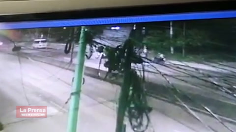 Una mujer muerta y cuatro heridos deja accidente de tránsito en e bulevar del Norte en San Pedro Sula.