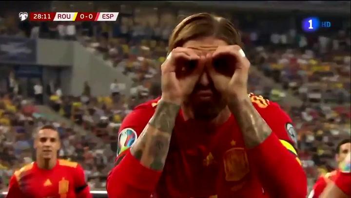 Sergio Ramos adelanta a España de penalti y lo celebra de una curiosa manera