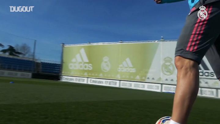 Karim Benzema y Eden Hazard se ejercitaron en el campo.
