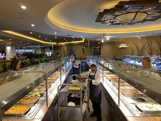 MGM Resorts to temporarily close buffets amid coronavirus fears – VIDEO
