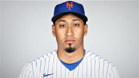 What are the odds that Mets' Edwin Diaz or Yankees' Aroldis Chapman will lead MLB in saves?