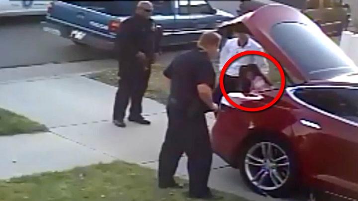 Her får politiet seg en skikkelig Tesla-overraskelse