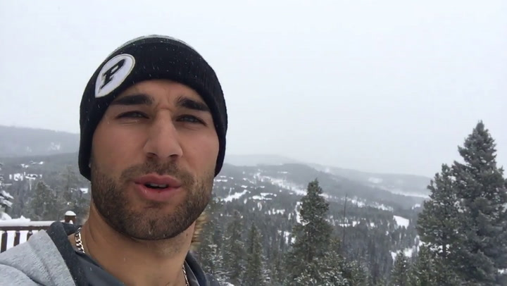 Kevin Kiermaier Kicks Off the Holidays