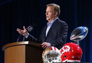Goodell on how Las Vegas is embracing Raiders' move, possible Super Bowl for the city
