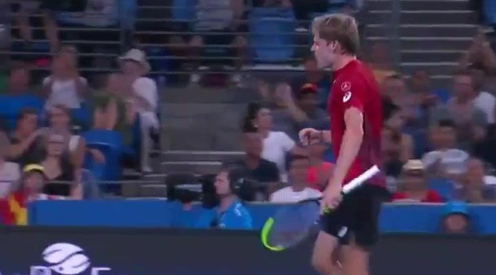 Exhibición del belga Goffin ante Nadal en la ATP Cup
