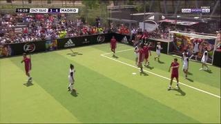 ¡Viejos los cerros! La tremenda jugada que se inventó Zidane a los 47 años