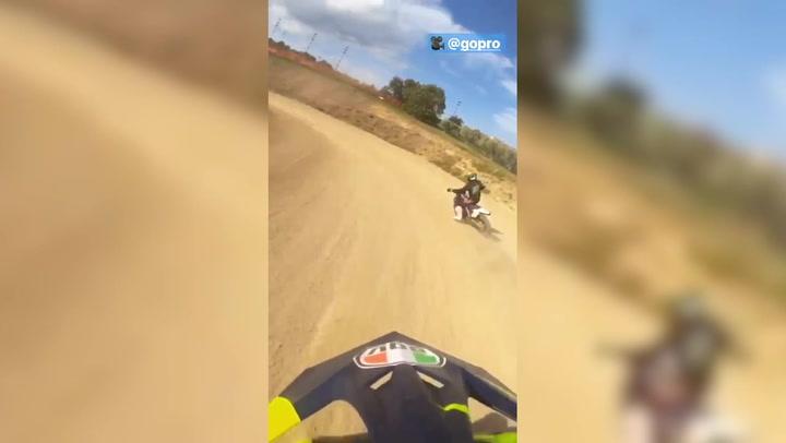 Valentino Rossi vuelve a entrenar en moto