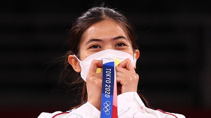 """""""น้องเทนนิส"""" พาณิภัค ขอบคุณคนไทย ที่ส่งใจเชียร์คว้าทองโอลิมปิก"""
