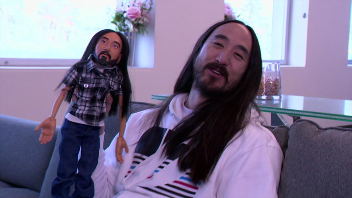 Steve Aoki Meets His Puppet: Hollywood Puppet Shitshow First Date