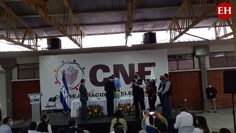 Presentación de planillas electorales del Partido Salvador de Honduras ante el CNE