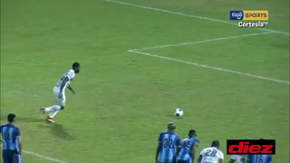 Dabirson Castillo anota de penal el empate del Platense ante Real de Minas