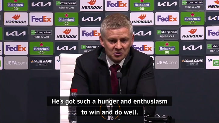 Solskjaer hails Fernandes and Rashford after Granada win