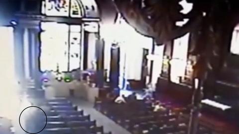 Sujeto le quita la vida a cinco personas en una iglesia en Brasil