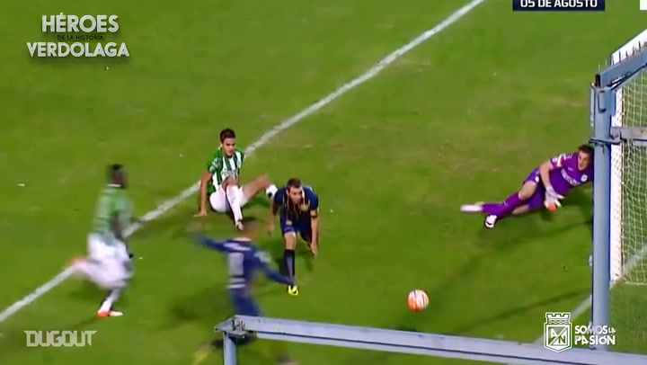 Franco Armani's amazing triple save vs Rosario Central