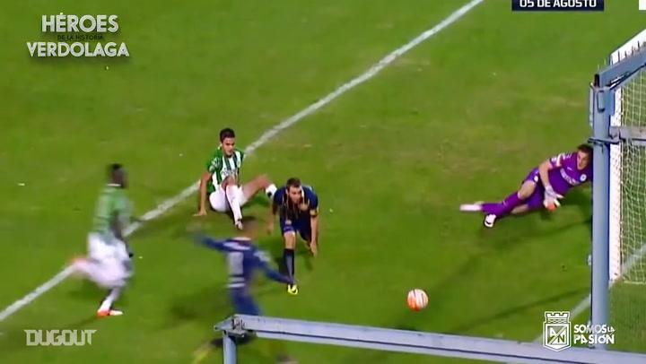 Franco Armani's amazing triple save vs Rosario Central