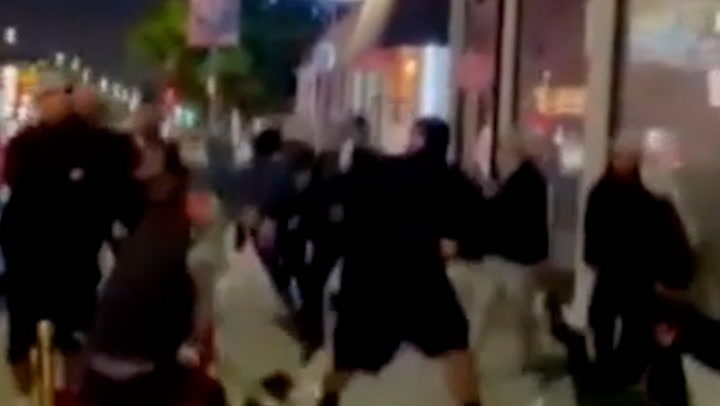 Brawl erupts between pro-Palestinian activists and Jewish diners in Los Angeles