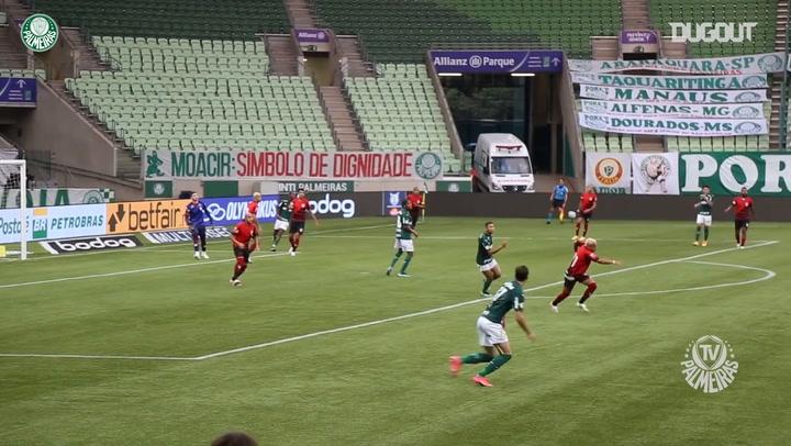 Golaço de Matías Viña contra o Atlético-GO no Allianz Parque