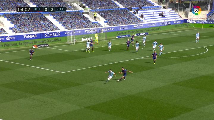 Gol de Santi Mina (0-1) en el Huesca 3-4 Celta