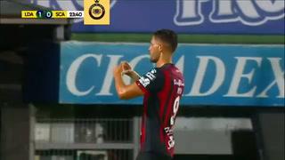 Alajuelense aplasta al San Carlos 3-0 y acecha al Saprissa por el primer lugar
