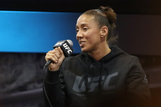 "De Randamie says Amanda Nunes ""is the very best MMA female fighter on the planet"""