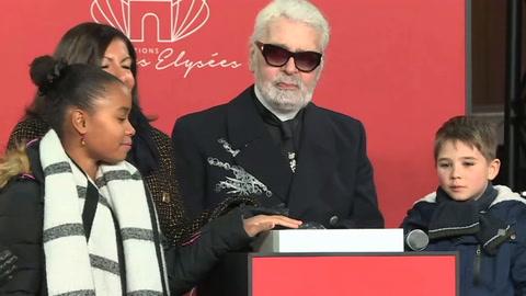 Murió Karl Lagerfeld, el prolífico