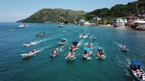 Panameños celebraron con procesión acuática fiesta de Virgen del Carmen