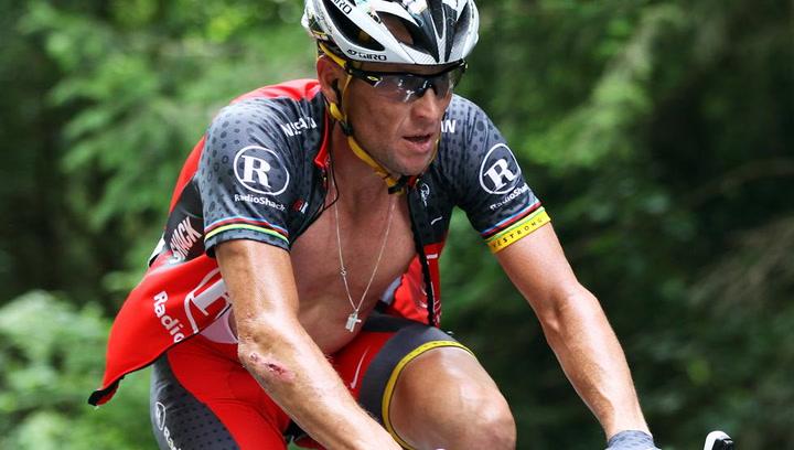 Los gestos que 'delatan' el uso de motores de Lance Armstrong en su bicicleta