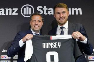 Juventus presenta al galés Aaron Ramsey con un dorsal emblemático