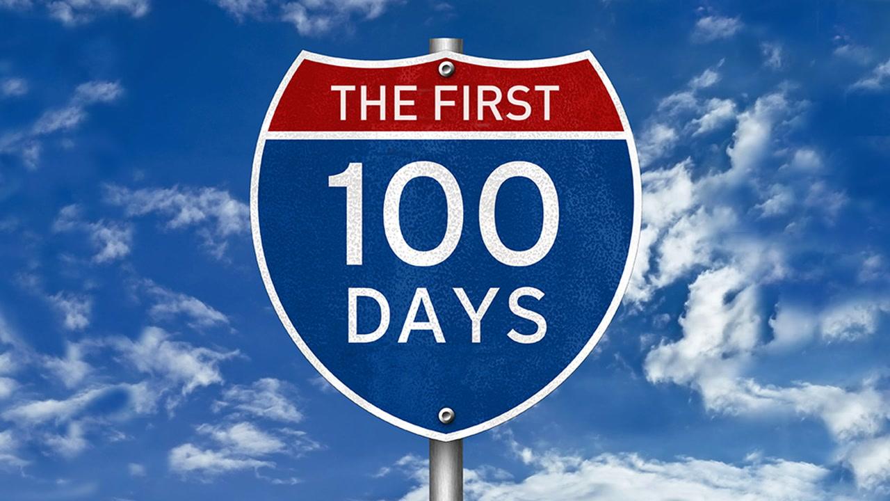 <em>L'ABC de la politique américaine #31</em>: les 100 premiers jours [VIDÉO]