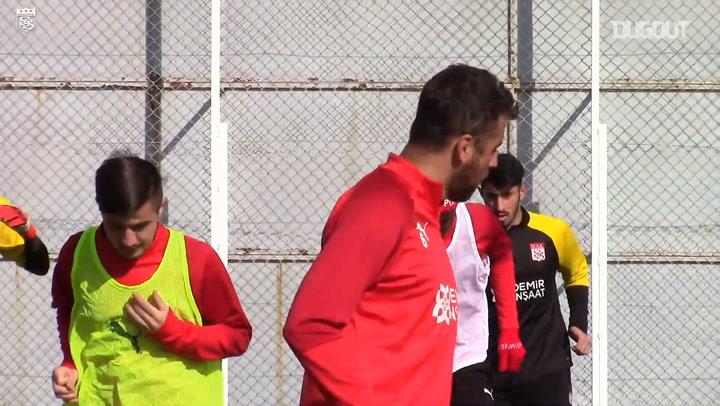 Sivasspor, Karagümrük Hazırlıklarına Devam Etti