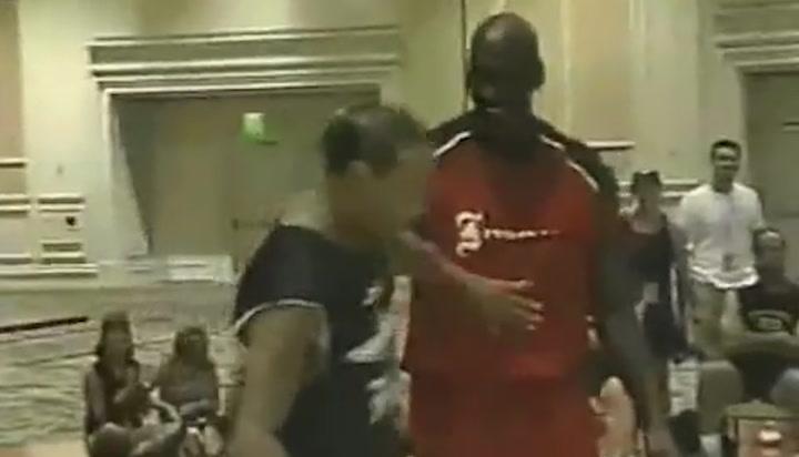 El inversor de 45 años que ganó a Michael Jordan en uno contra uno