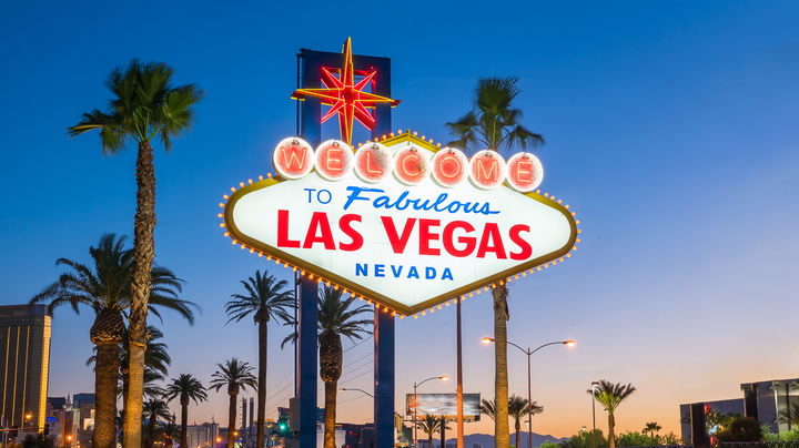 Learn tips for enjoying Sin City without paying devilishly high prices.