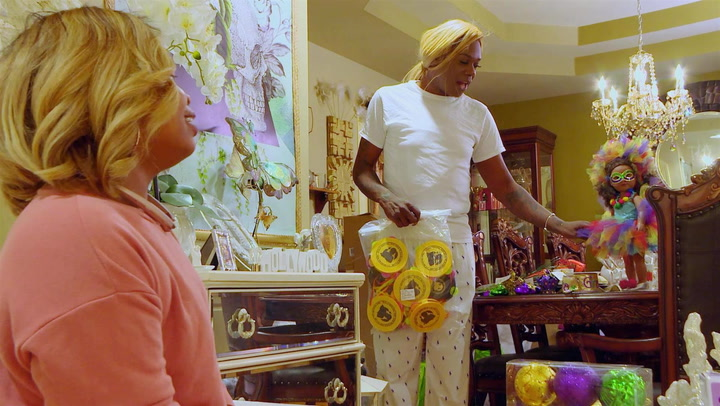 Big Freedia Contemplates Seeing a Voodoo Psychic