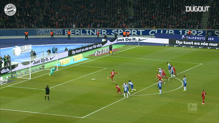 Robert Lewandowski converts penalty against Hertha Berlin