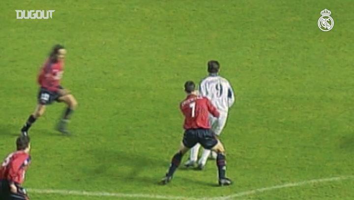 Gol de Raúl González contra el Osasuna en El Sadar